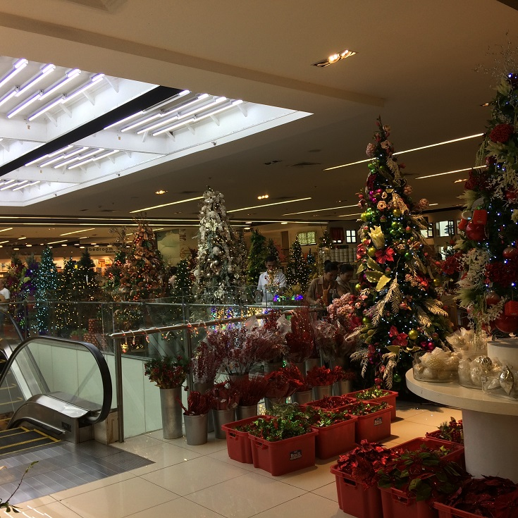 Christmas Decor Ideas at the Landmark, Makati