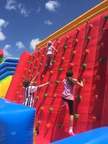 climbing-1073537_960_720